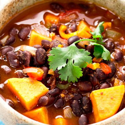 JERK SWEET POTATO AND BLACK BEAN CURRY